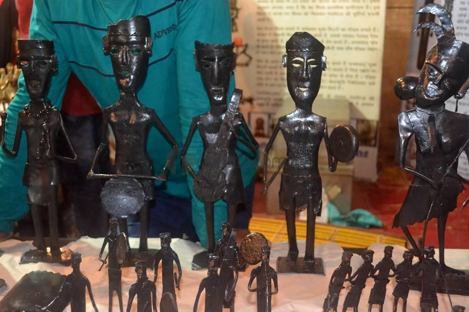 Bastar Dhokra Art Bell Metal Handicrafts Of India Authindia