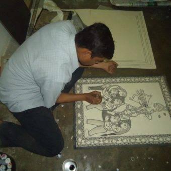 Manoj Chaudhary Madhubani Artist1